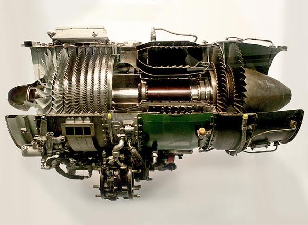 640px-J85_ge_17a_turbojet_engine2-600px